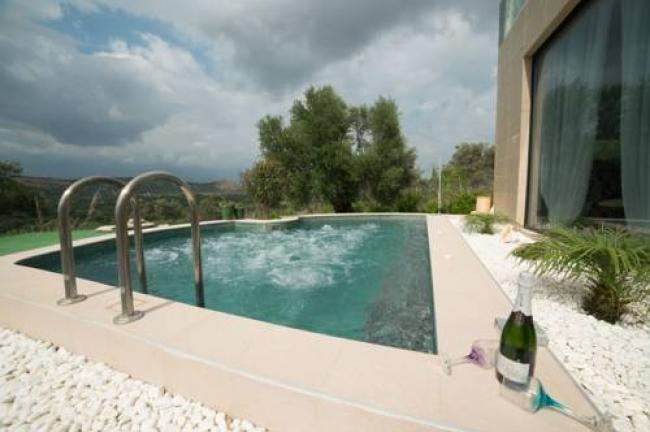 Pool Whirlpool Kreta Villa Well Being