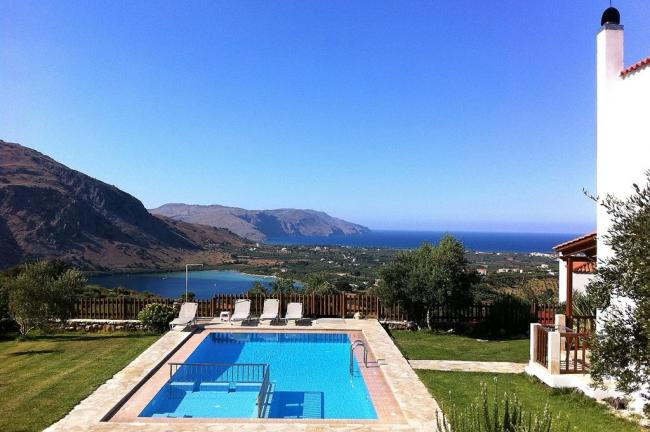Privatpool Kinderbecken Kournas Villa Kreta Chania georgioupoulis